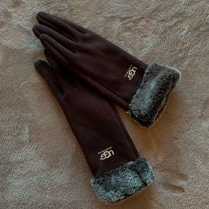 8c8907e1a23 UGG Gloves & Mittens for Women   Poshmark